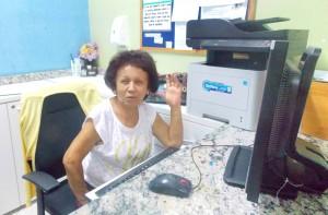 Foto 1 - A assistente administrativa poderia se aposentar, mas prefere continuar trabalhando