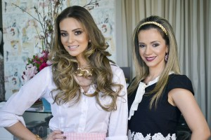 """A Designer de Moda Suymara Barreto era uma das convidadas de empresária Grazielly Vaz lançamento de coleção na """"Babado Lingerie"""". (1)"""