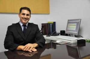 Adriano Loyola, dermatologista e presidente da Sociedade Brasileira Regional Goiás (2)
