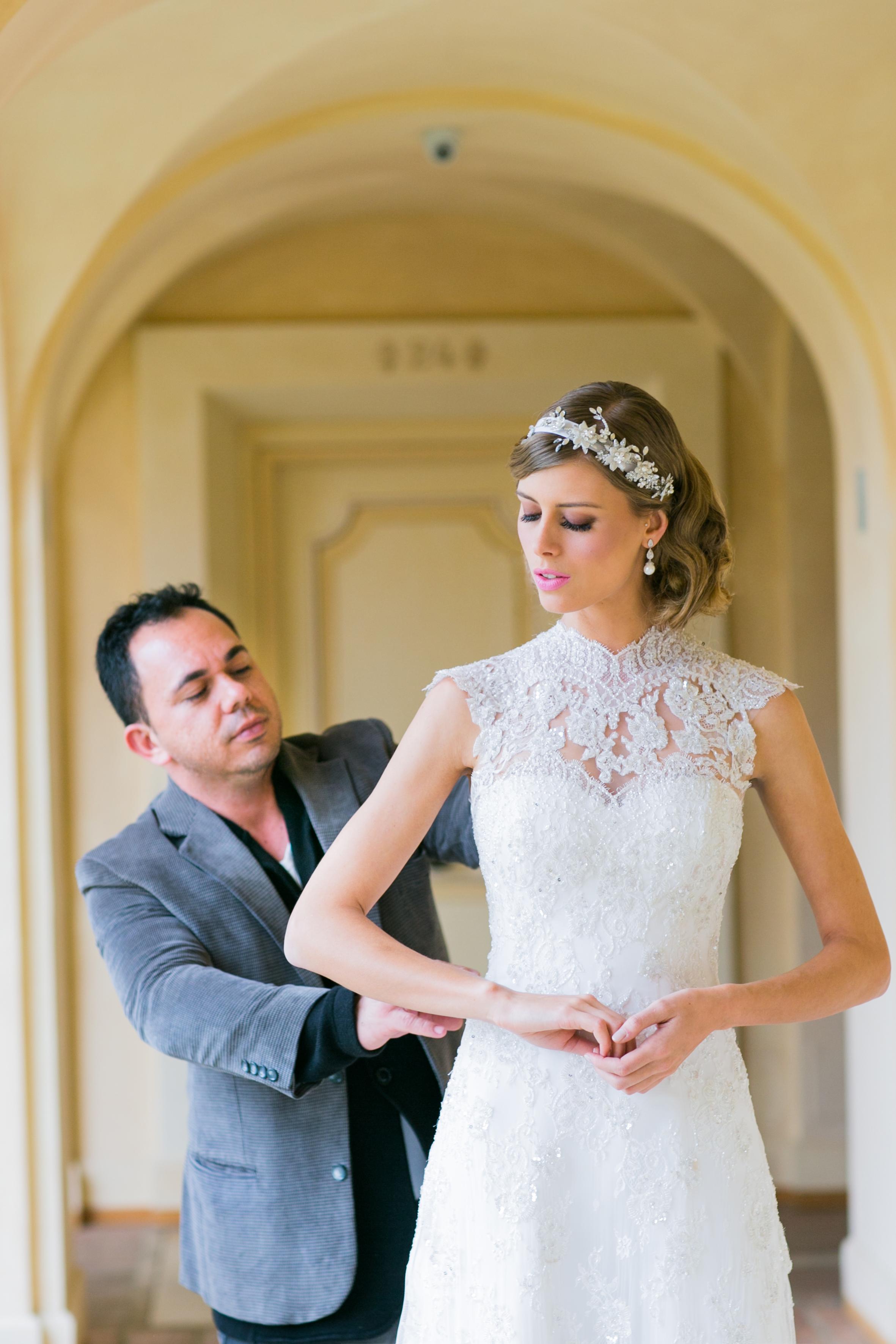 3538cc46034f Inspirado em conchas do mar e com foco na tendência de Destination Wedding,  o estilista Fernando Peixoto lança a Acqua Collection dia 25 de fevereiro  ...
