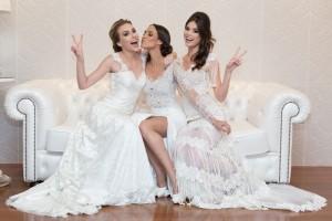 Foto 04 - Modelos posam com vestidos exclusivos da Acqua Collection, de Fernando Peixoto